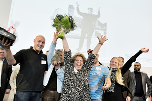 Hurraaaaaa vi vandt iværksætterprisen  en af de helt store dage i mit iværksætter liv - sammen med verdens bedste team.