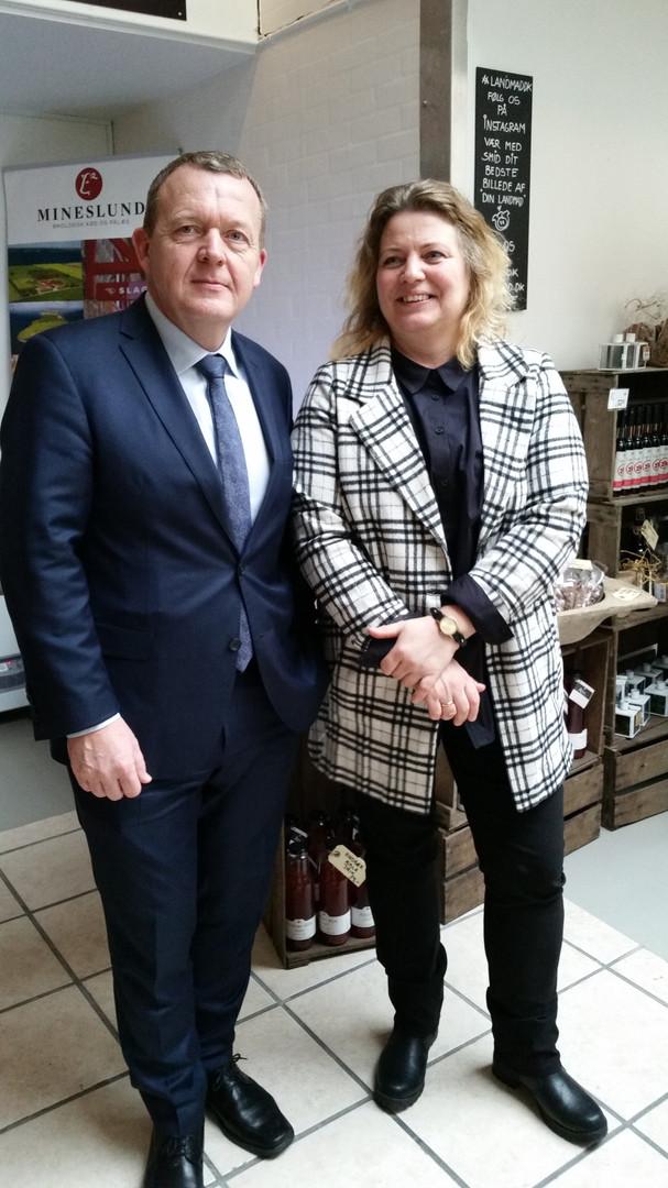 Lars Løkke og Louise - på besøg i Landmad i Roskilde.