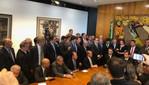Reforma da Previdência mudará o país, dizem governistas; oposição vê fim da aposentadoria pública
