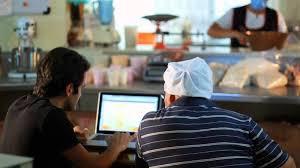 Micro e pequenos empresários goianos podem aderir ao Refis