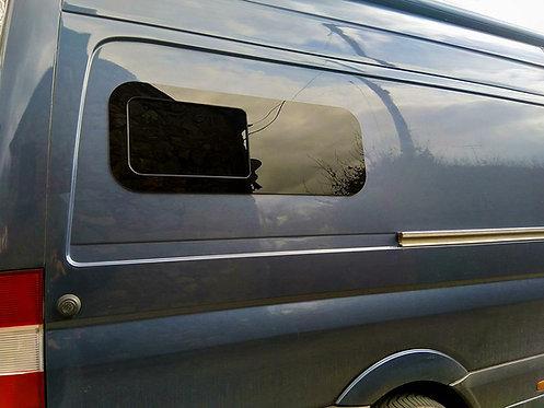 """VAN BUNK HALF-SLIDER WINDOW PASSENGER SIDE 40"""" X 15"""""""