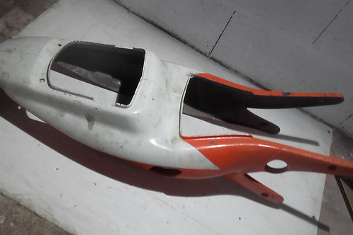 Carénage arr. Rieju RS1 (Fêlé arrière droit voir photo)