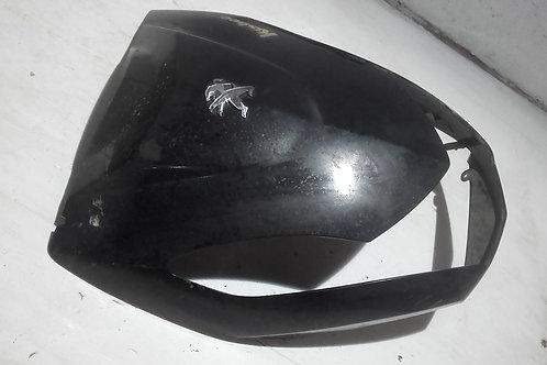 Face avant Peugeot Kisbee (Patte de fixation cassée en haut à droite)