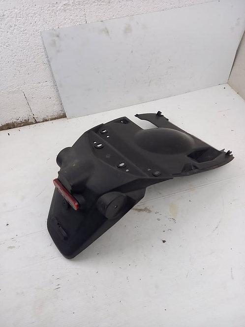 Bavette arrière / Support de plaque Peugeot Kisbee