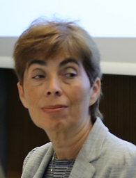 Dana Lapesova.png