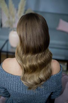 Probetermin Hochzeitsfrisur Wellen langes Haar