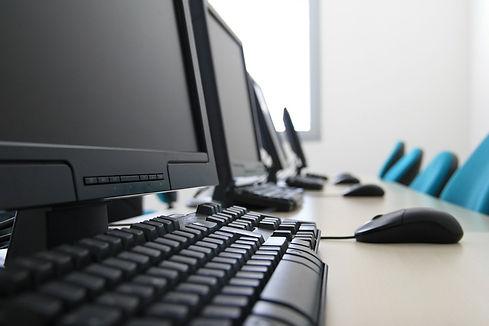computer-room-2-1236605.jpg
