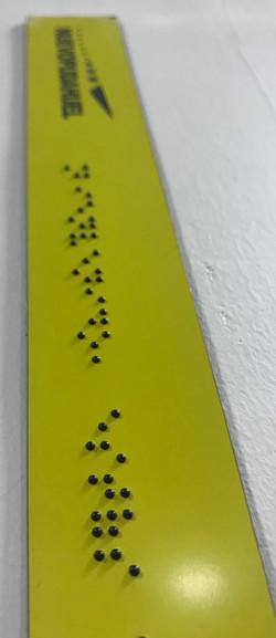 señaletica en braille inyección de esfer