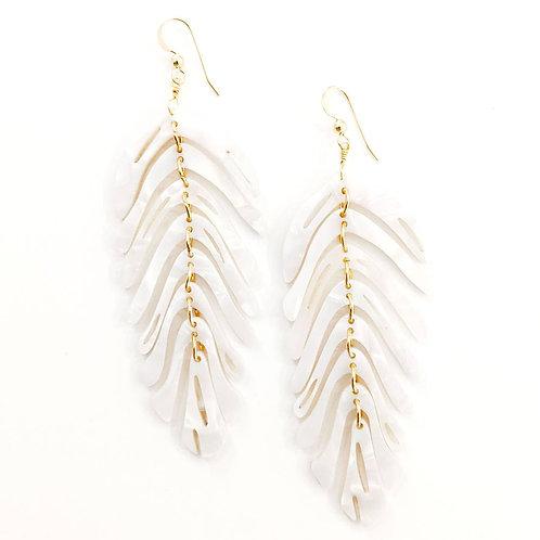 leaf earrings - crema