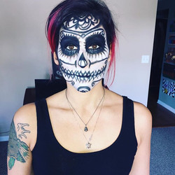 #sugarskull #snazaroo #blackandwhite #rimua #anastasiabeverlyhills #ardell #tartecosmetics #makeupfo