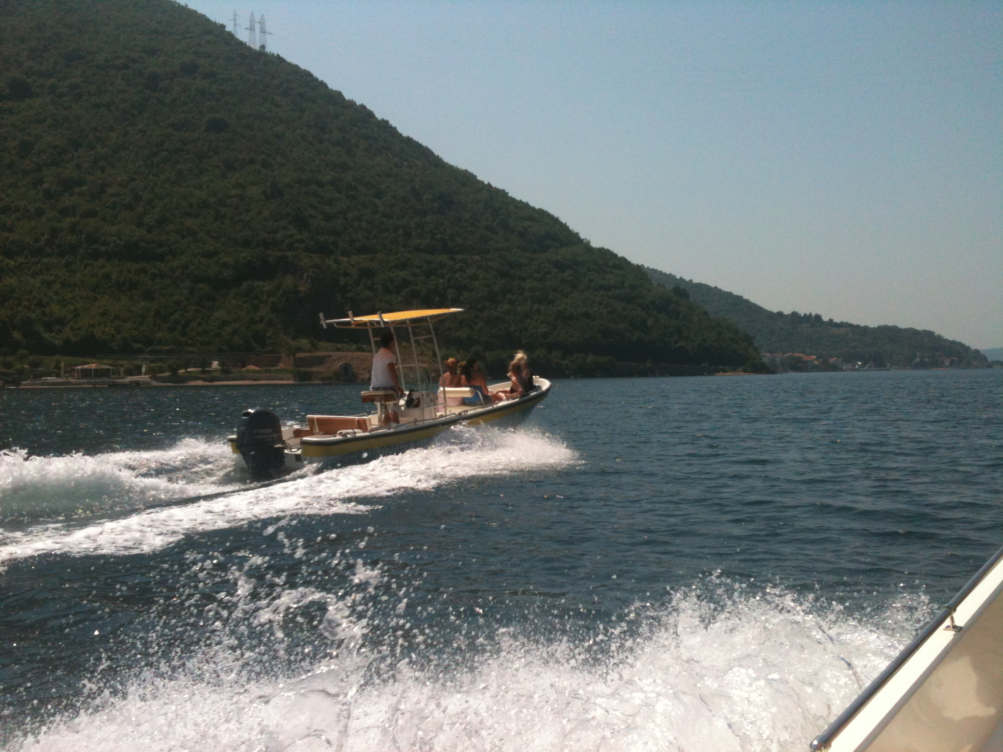 rent a boat to Tivat