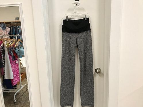 Women's 4 Lululemon Yoga Pants
