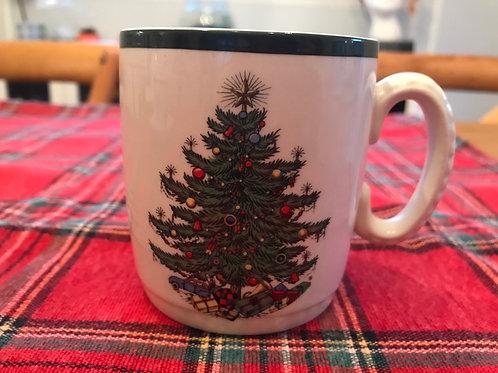 Cuthbertson Original Christmas Tree Mug (Wide Green Band)