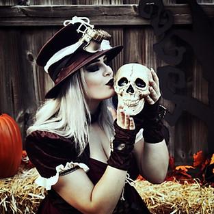 Cory & Hanna Halloween Mini Session