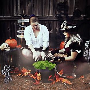 Alanna, Hanna & Heath Halloween Mini Session