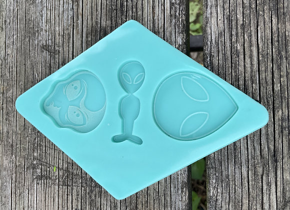 Alien Trio Mold