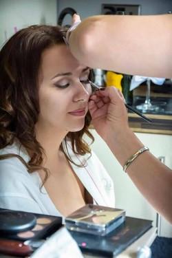 hire makeup artist billericay
