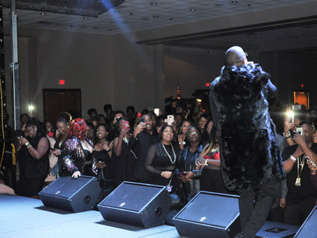Mase & Carl Thomas Performs Live All Black Party