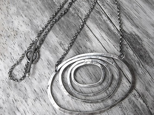 Sterling silver concentric rings necklace