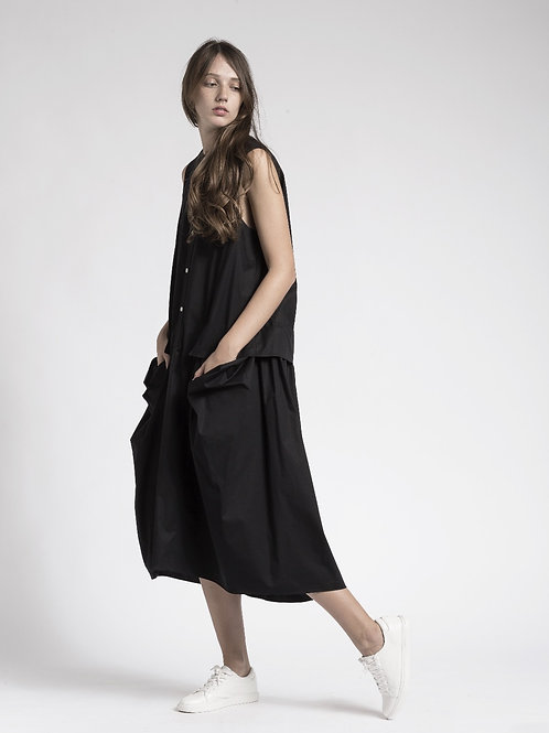 Ashymmetric side pocket sleeveless dress