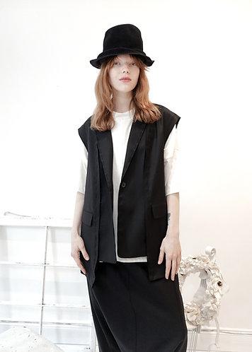 Asymmetric wool vest