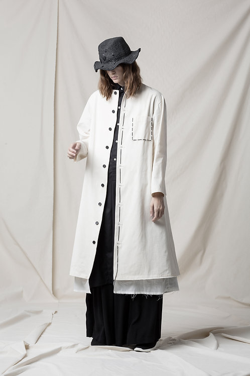 Back pleated long jacket with hand stitch