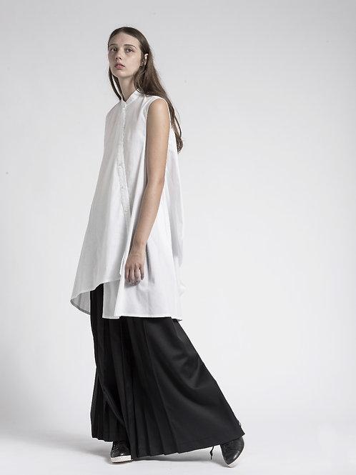 Asymmetric sleeveless longs shirt