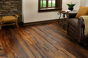 Castle-Combe-Reclaimed-Wood-Flooring-Sty