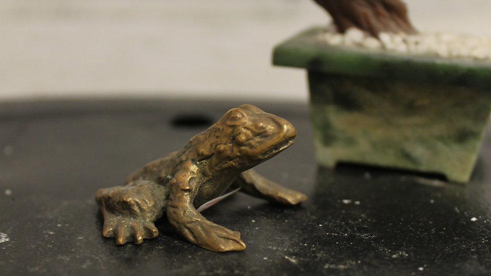 Brass Frog Figurine-(X-Small)