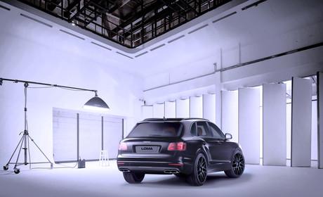 black-24-inch-rims-bentley-bentayga-wide-rear