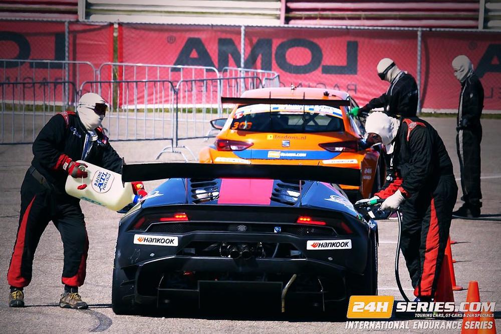porsche-wheels-united-arab-emirates-are-born-with-the-loma-motorsport-dna.