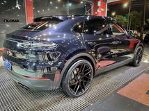 black-24-inch-rims-porsche-cayenne-coupe-rear-side