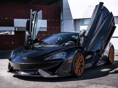 McLaren 570S Chip-Tuning to 690 HP and Stanced on LOMA BLACKFORCE ONE Staggered Forged Wheels.