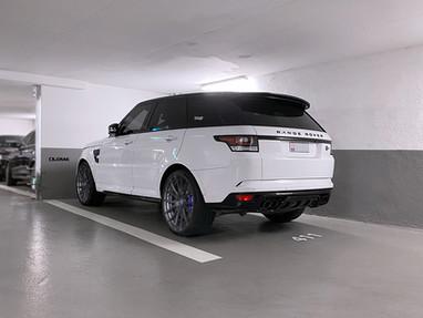 Range Rover Sport SVR Custom 22 Inch Wheels.