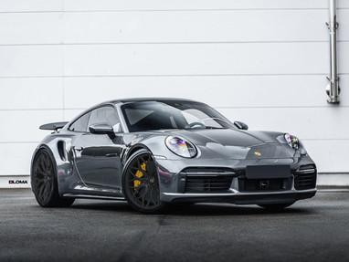 Porsche 911 Custom Aftermarket Wheels.