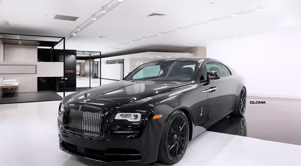 murdered-out-rolls-royce-wraith-black-badge.
