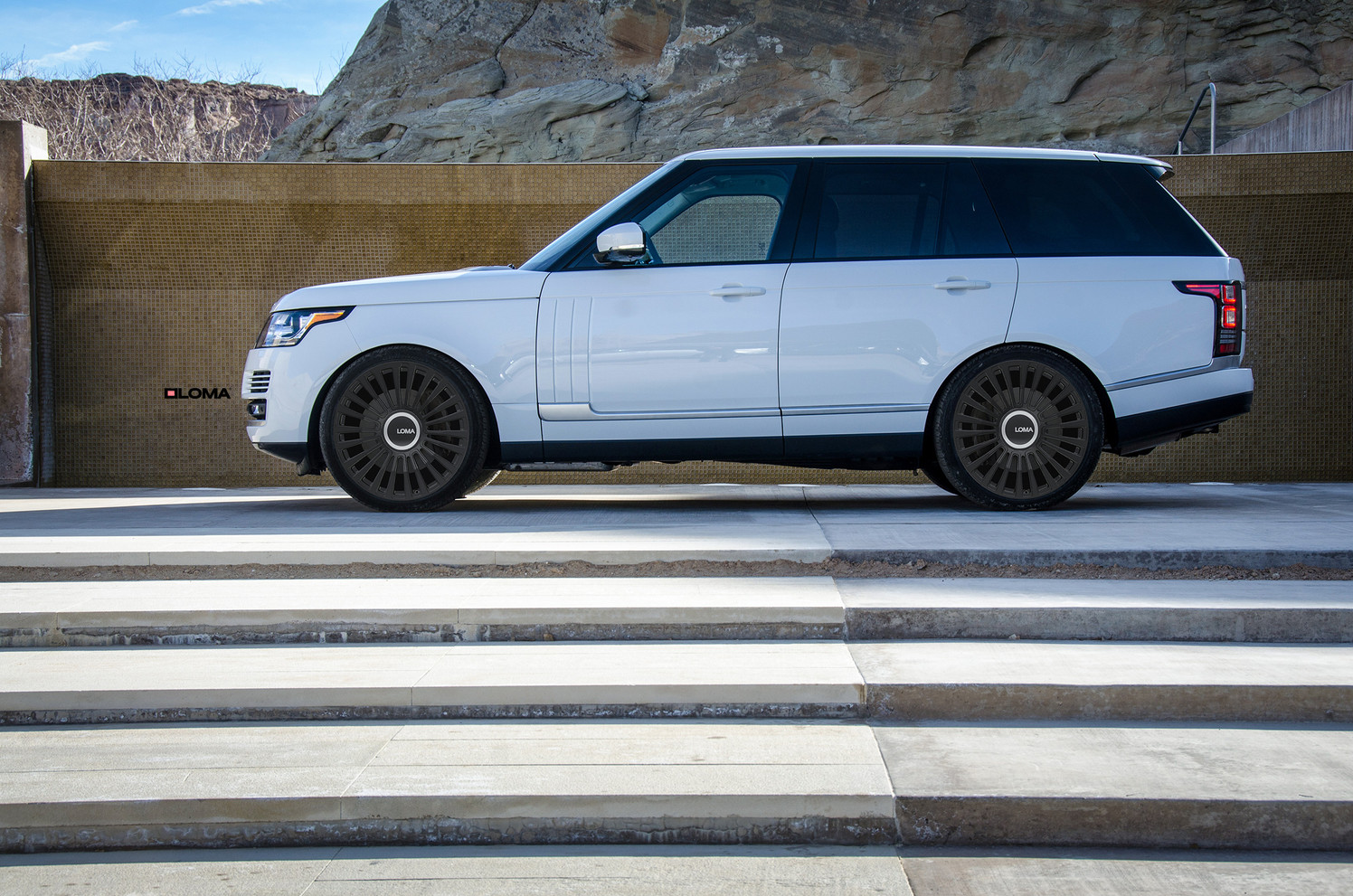 Range Rover Custom Forged Wheels.
