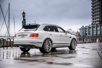 three-piece-wheels-superflow-bentley-bentayga-white.