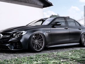 HOT MERCEDES E 63 AMG TUNING ON LOMA GT3-SL TRACK SPEC STAGGERED CONCAVE FORGED WHEELS IN 21-INCHES!