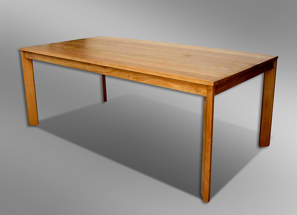 Casti Dining Table