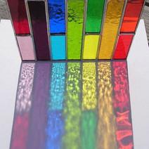 Colgante de vidrio reciclado arcoiris