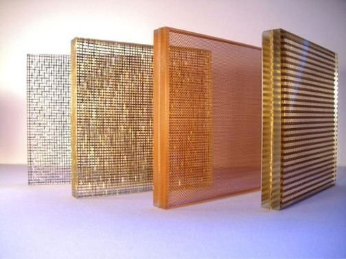 Vidrio Laminado Decorativo con Malla Metálica