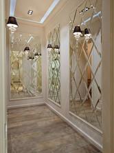 Revestimiento de pared con espejos