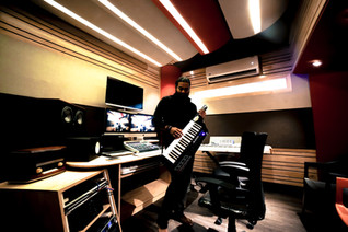 Ramu Raj Alesis Vortex Wireless Keytar