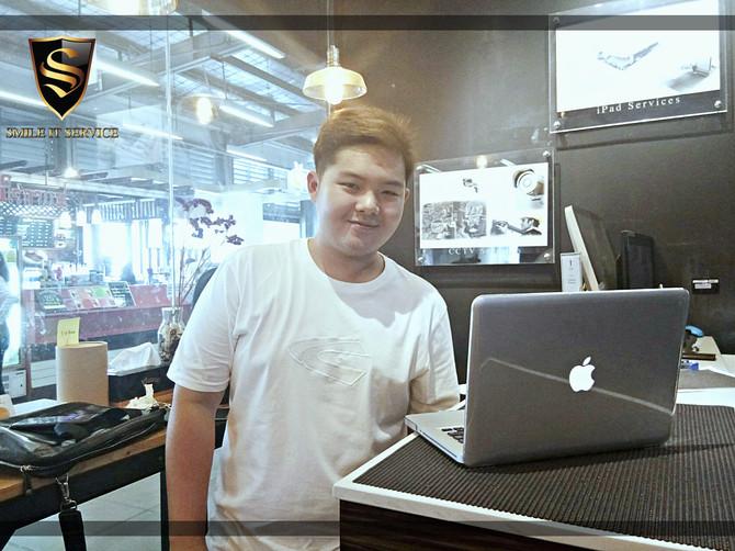 ลูกค้าเจ้าของเครื่อง Macbook Pro มาติดตั้ง Bootcamp และ Software