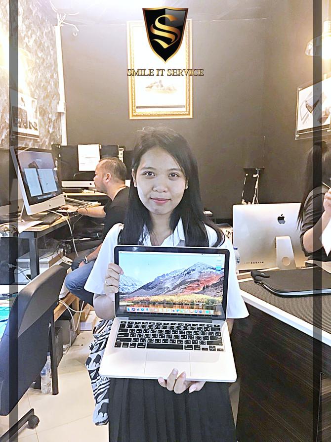 ลูกค้าเจ้าของเครื่อง Macbook Pro retina มา re OS