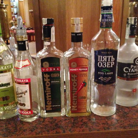 "Ceremónia pitia vodky ""po rusky"" v Kongres hoteli Družba"