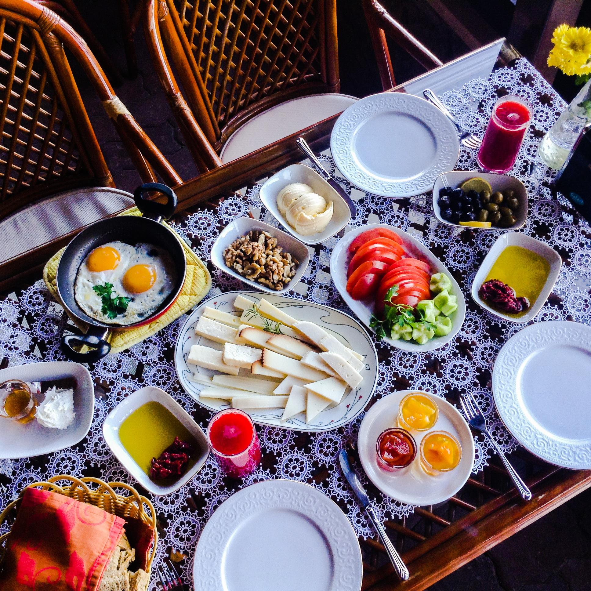 Serpme Falez Kahvaltısı