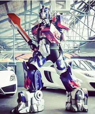 OPTIMUS-PRIME-Melbourne-Transformers-555