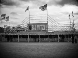 Bob & Mitzi's (a Pyros-R-Us Outlet)